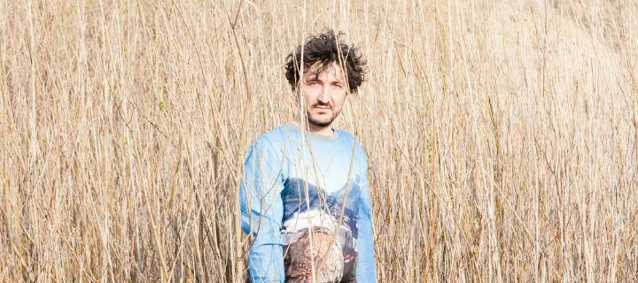 Alex Stolze (Ex-Bodi Bill) verknüpft auf seiner Debüt-EP Klassik und Electronica!