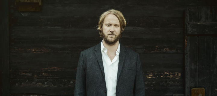 Knut Stenert (Samba) veröffentlicht unter dem Pseudonym Hans Maria Richter ein neues Album.
