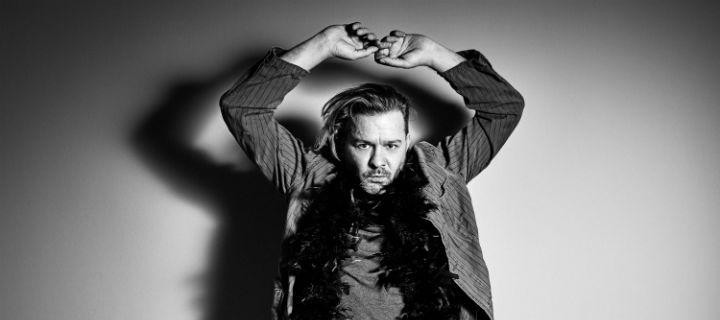 """Fortuna Ehrenfeld kündigt mit """"Zuweitwegmädchen"""" sein Album """"Hey Sexy"""" an"""
