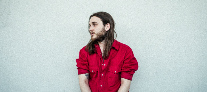 """Bled White: Berliner Produzent kündigt mit """"Just A Second"""" sein Debütalbum an."""