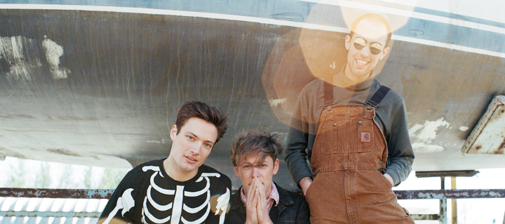 "The Dirty Nil: Video zu ""Bathed In Light"" ab sofort!"