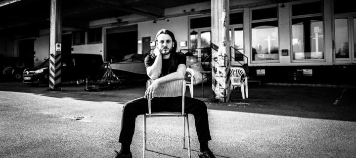 Bled White: Debütalbum des Berliner DIY-Poppers erscheint im September!