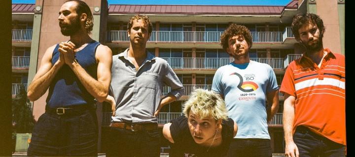 """Pond kündigen mit der Single """"Daisy"""" die Veröffentlichung ihres neuen Albums """"Tasmania"""" an!"""