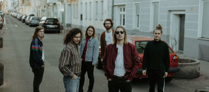 """Achtung, heiße Newcomer: die Berliner Post-Indie-Band Portmonee präsentiert ihre Single """"Chili""""!"""