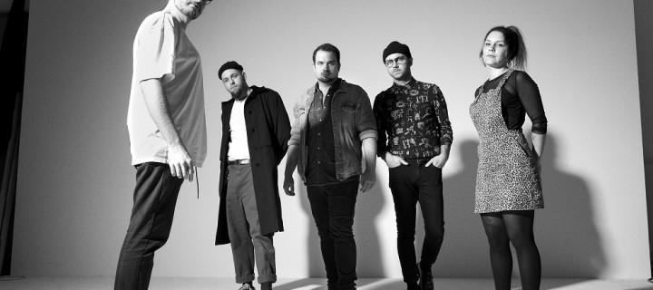 Melting Palms: Hamburger katapultieren sich mit erster Single aus Debütalbum in die Exosphäre!