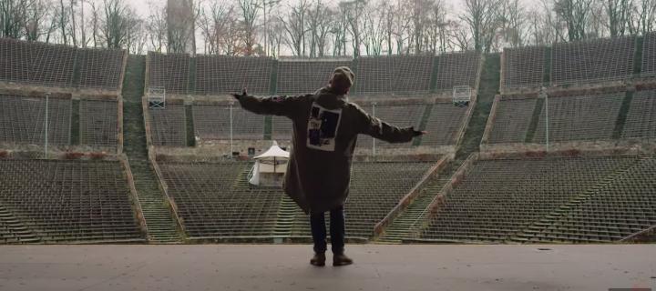 Die Beatsteaks veröffentlichen ein weiteres Video aus ihrer aktuellen EP und streifen darin durch leere Clubs, Hallen und Arenen der Hauptstadt!