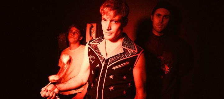 """The Dirty Nil: Das unterhaltsame neue Video der Kanadier zu """"Elvis '77"""" erscheint heute!"""