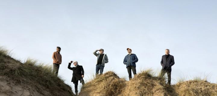 """Die Schotten veröffentlichen mit """"In Our Dreams"""" die letzte Vorabsingle zum neuen Album. """"Endless Arcade"""" erscheint am 30.04.!"""